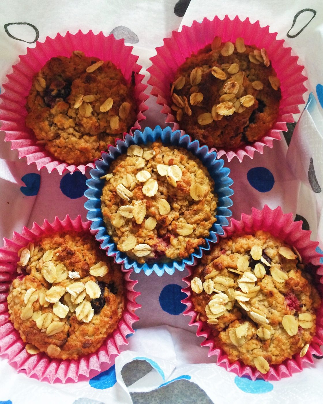 Oat & Berry Muffins; Delalicious