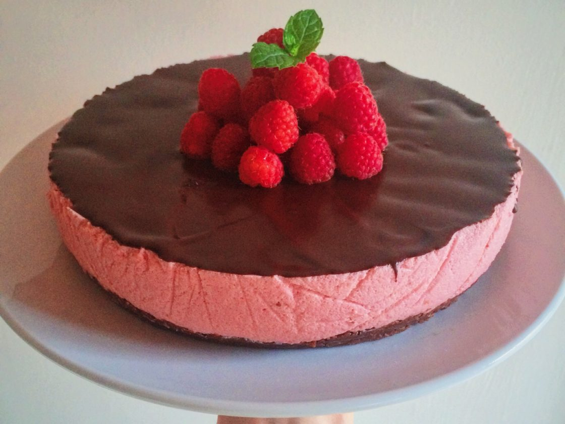 Raspberry Chocolate Mousse Cake; Delalicious