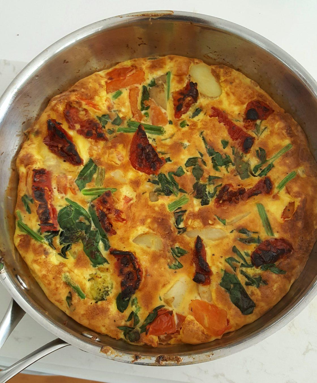 Crispy Potato & Sun-dried Tomato Omelette; Delalicious